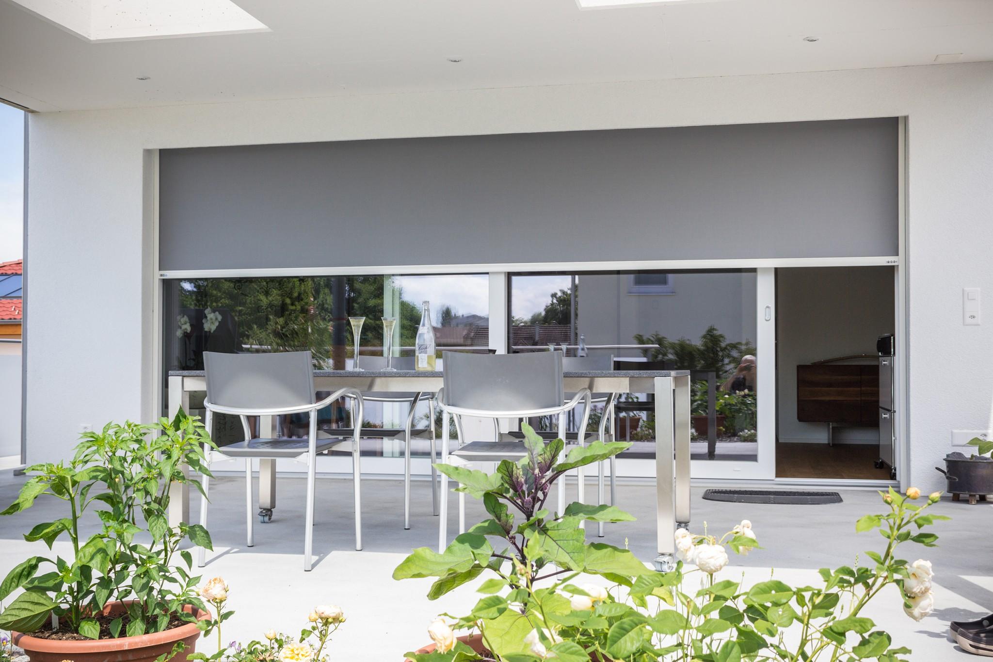 arquati rapallo ventosol tende per vento pioggia sole facciate finestre automatiche chiavari. Black Bedroom Furniture Sets. Home Design Ideas